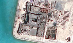 Thiết bị quân sự của Trung Quốc ở đảo nhân tạo trái phép có nguy cơ hoá 'sắt vụn' do thời tiết