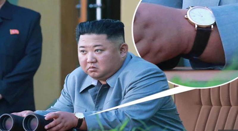 Ông Kim Jong Un đeo đồng hồ Thụy Sĩ khi thị sát vụ phóng tên lửa. (Ảnh qua KCNA)