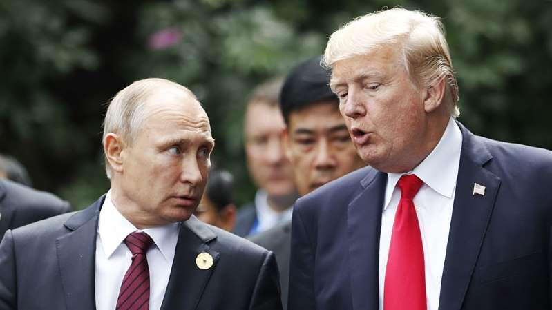"""""""Tôi có mời ông ấy không? Tôi chắc chắn sẽ mời ông ấy. Dù ông ấy có thể đến hay không"""", Tổng thống Trump nói. (Ảnh qua baocalitoday)"""