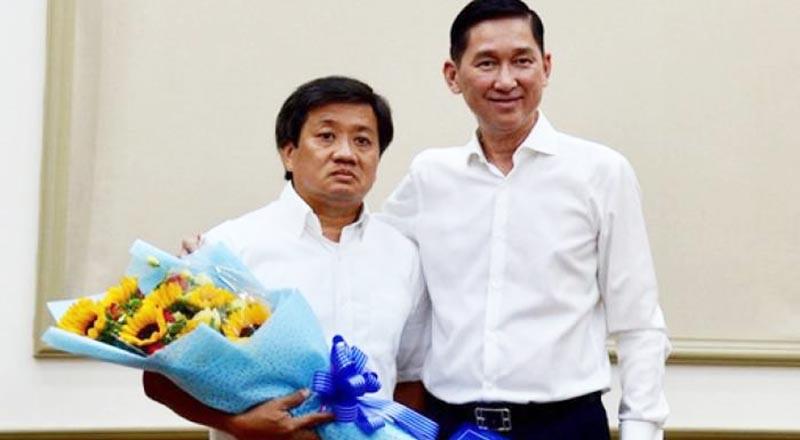 Ông Đoàn Ngọc Hải (trái) trong ngày nhận quyết định về công tác tại Tổng công ty Xây dựng Sài Gòn.