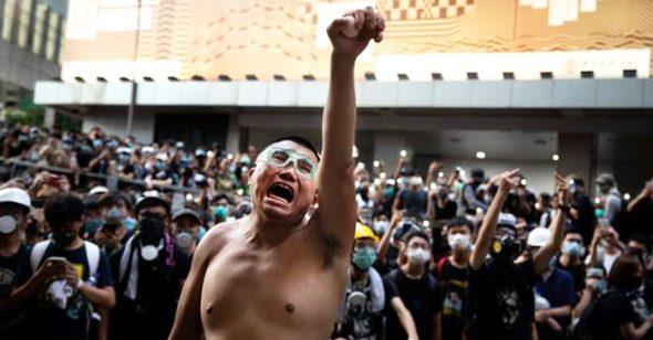 ĐCSTQ lại giở thủ đoạn mờ ám để lấy cớ trấn áp biểu tình ở Hồng Kông