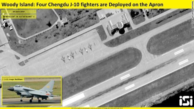 Tiêm kích J-10 của Trung Quốc triển khai trái phép tại đảo Phú Lâm thuộc quần đảo Hoàng Sa của Việt Nam.
