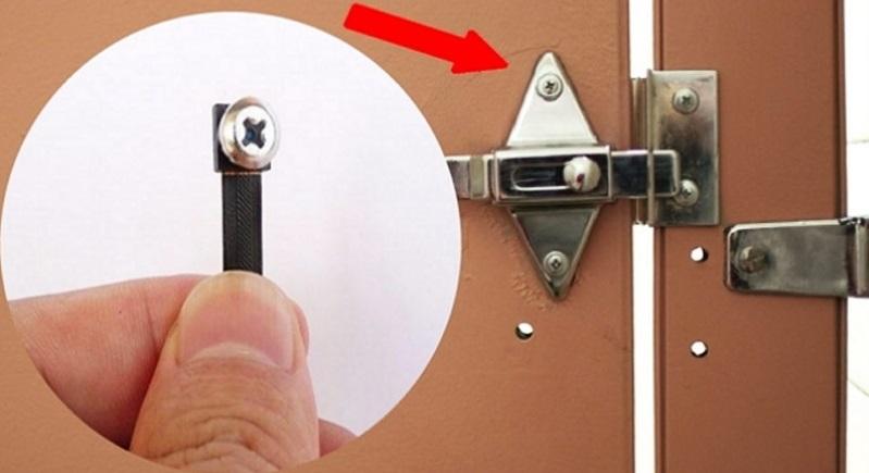 Camera ẩn có thể được dấu trong những con ốc rất nhỏ một cách tinh vi.