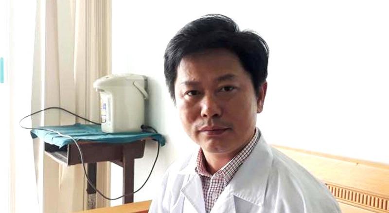 Bác sĩ Lê Văn Lâm dùng 5 lít bia để cứu bệnh nhân ngộ độc.