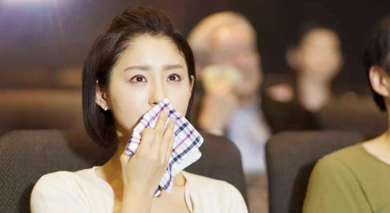 Nghiên cứu cho thấy những người hay khóc thường là người mạnh mẽ và giàu tình cảm