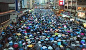 Facebook, Twitter xóa hàng loạt tài khoản chống biểu tình Hong Kong do chính phủ TQ hậu thuẫn