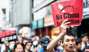 Người biểu tình Hồng Kông phản đối dự luật dẫn độ.