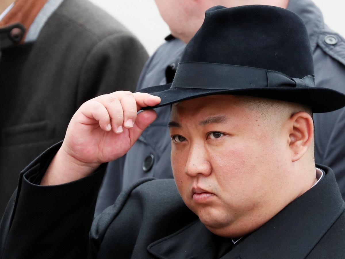 Một tá vệ sĩ chạy dọc theo xe của Kim Jong un lấy ý tưởng từ phim Hollywood - ảnh 3
