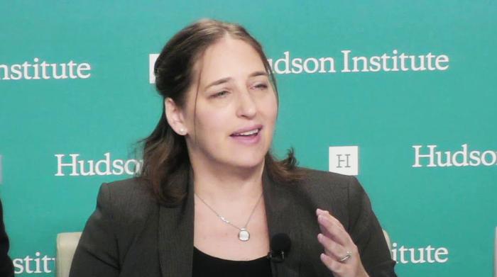 Sarah Cook, nhà nghiên cứu cấp cao tại Freedom House, một tổ chức phi chính phủ nổi tiếng ở Mỹ