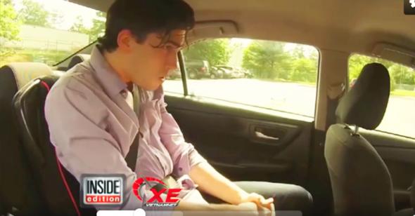 Thử thách ngồi trong xe ô tô liên tục 10 phút được 2 triệu đồng: 100% người trẻ đều bỏ cuộc