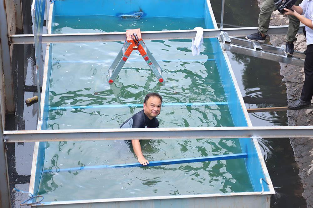 Các chuyên gia Nhật còn cho rằng, trong tương lai nếu kết quả thành công, cả dòng sông Tô Lịch có thể trong xanh như ngày xưa