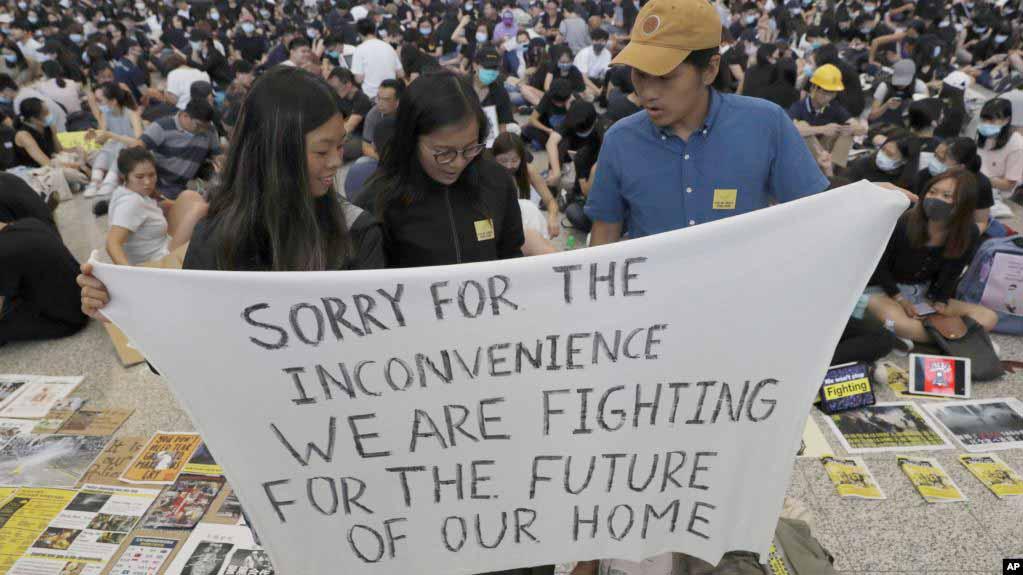 Công chúng kêu gọi đề cử giải Nobel Hòa Bình cho giới trẻ Hong Kong - ảnh 6