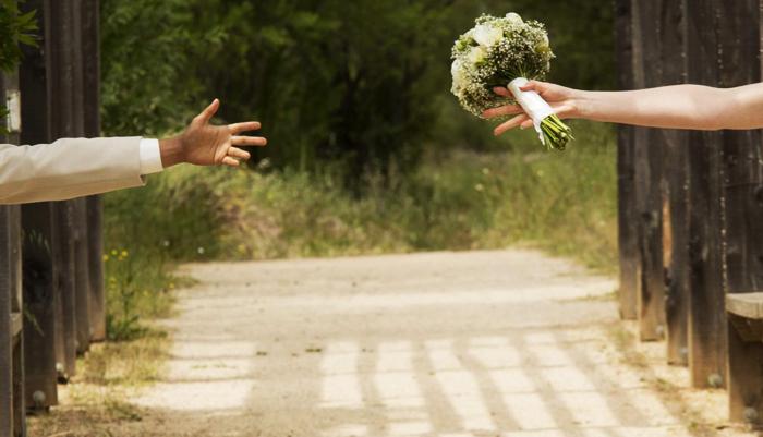 Nếu người vợ bị người chồng bỏ, như vậy thì rất có thể là đạo đức của cô ta có vấn đề