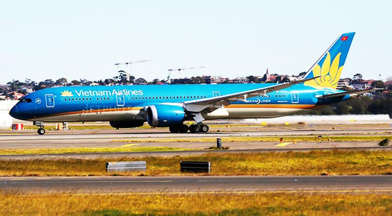 Theo thông tin từ Cục An toàn vận tải Australia (ATSB), chiếc Boeing 787 mang số hiệu VN-A870 của Vietnam Airlines đã suýt hạ cánh bằng bụng do bánh sau không bung ra.
