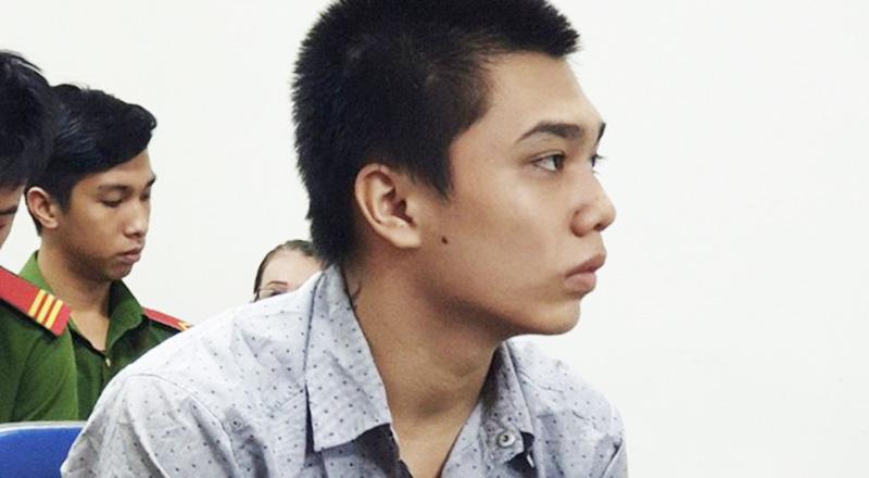 Bị cáo Lê Minh Thuận tại tòa chiều 23/9. (Ảnh qua tuoitre)