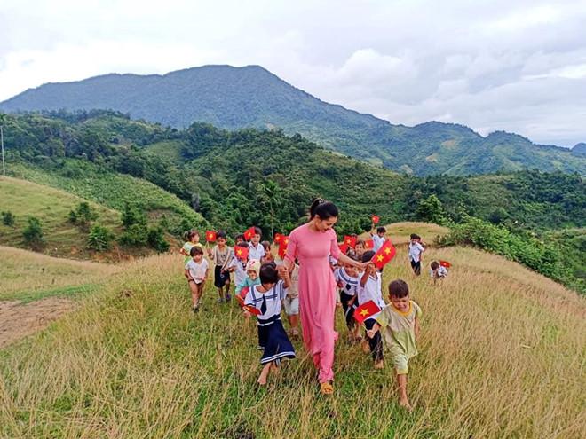 Điểm trường vùng cao của huyện Nam Trà My chỉ có 2 cô giáo và 34 học sinh. (Ảnh qua Zing)
