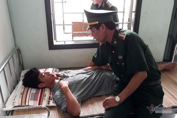 Ngư dân Lê Văn Chiến kể lại 25 tiếng trôi dạt với lực lượng biên phòng