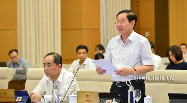 Bộ trưởng Bộ Nội vụ Lê Vĩnh Tân. (Ảnh qua quochoi)