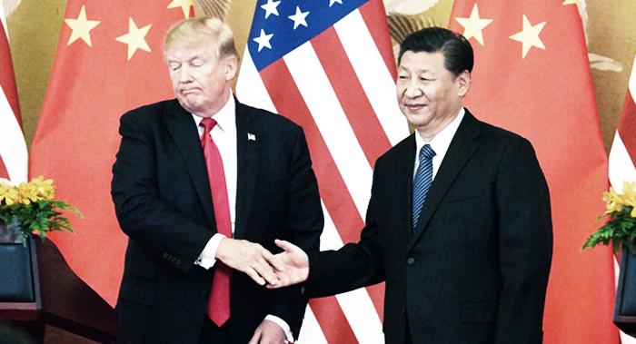 Chính quyền Bắc Kinh có động thái lấy lòng Trump khi tuyên bố hủy bỏ thuế quan đối với một số hàng hóa của Mỹ. (Ảnh: Investo)