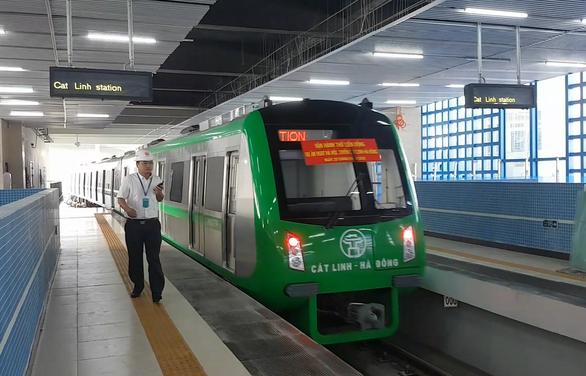 Việt Nam phải chấp nhận những ràng buộc, bất lợi khi chỉ định thầu Trung Quốc làm đường sắt Cát Linh - Hà Đông. (Ảnh qua tuoitre)
