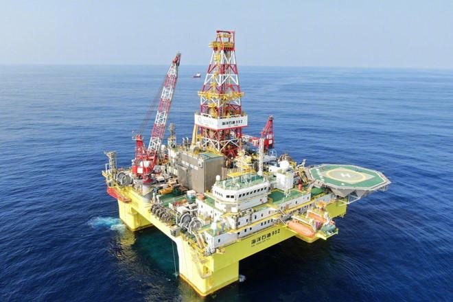 Trung Quốc đã triển khai giàn khoan dầu Hải Dương 982 tại Biển Đông.