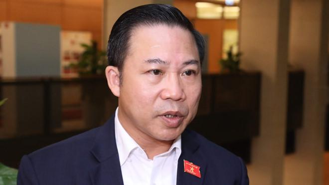 Phó trưởng Ban Dân nguyện Lưu Bình Nhưỡng cho rằng, chính quyền Hà Nội đã thiếu trách nhiệm trong sự cố nghiêm trọng tại Công ty Rạng Đông. (Ảnh qua vietnammoi)