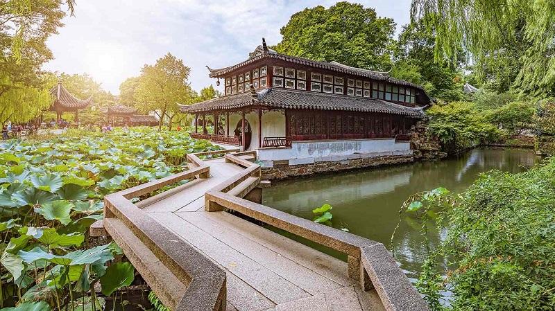 Những khu vườn ở Trung Hoa được lấy cảm hứng từ những triết lý nhân sinh của tam giáo Phật Đạo Nho. (Ảnh qua Twipu)