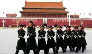 """Đại lễ duyệt binh 1/10 tại Trung Quốc đang cận kề, hiện nhiều nơi tại Trung Quốc đã chuẩn bị sẵn sàng trong tư thế """"chiến đấu""""."""