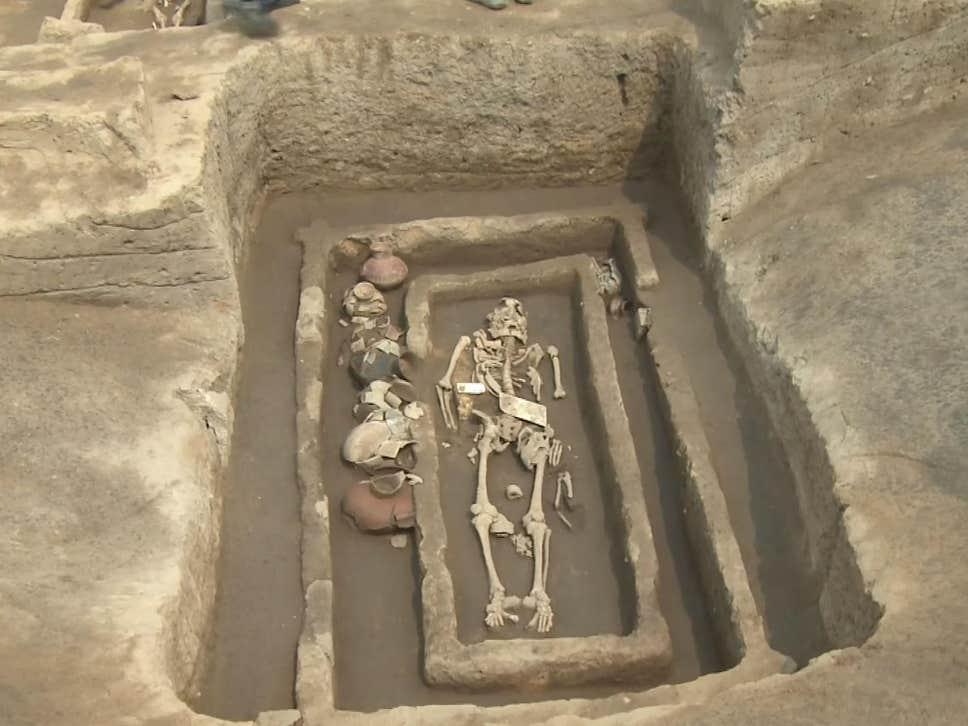 Đảo Sardinia ở Ý: Nơi lưu giữ những di tích và lăng mộ của người khổng lồ