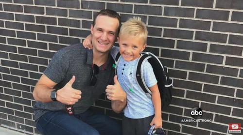 Brandy là một nhà kinh doanh tài giỏi và anh ấy muốn dạy cho con trai tất cả những gì có thể.