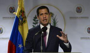 Quốc hội Venezuela phê chuẩn tổng thống lâm thời, phế truất Maduro