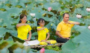 Người đàn ông khỏi bệnh vẩy nến toàn thân nhờ ánh sáng kỳ diệu của Phật Pháp