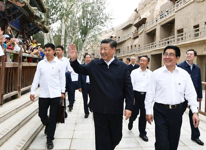 Ông Tập thị sát ở thành phố Đôn Hoàng, tỉnh Cam Túc, ngày 19/8/2019.