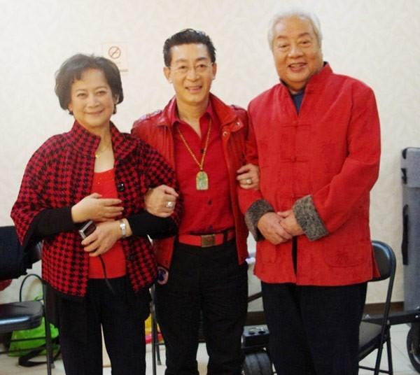 Chu Long Quảng bên Lục Tiểu Linh Đồng và 'bồ tát' Tả Đại Phân