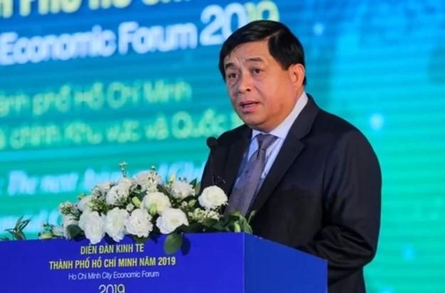 Ông Nguyễn Chí Dũng phát biểu tại sự kiện sáng 18/10.