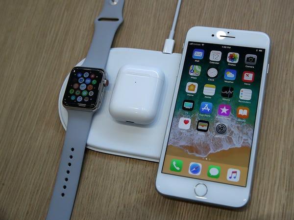 """12 quả """"bom xịt"""" để đời của Apple - airpower"""
