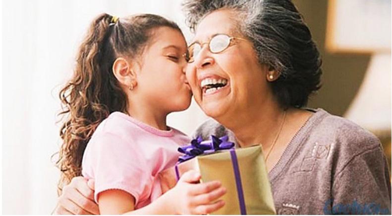 Bà ngoại đóng một vai trò vô cùng quan trọng trong cuộc đời của mỗi đứa trẻ.
