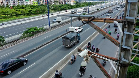Hệ thống camera giao thông ở khu vực cầu Sài Gòn.