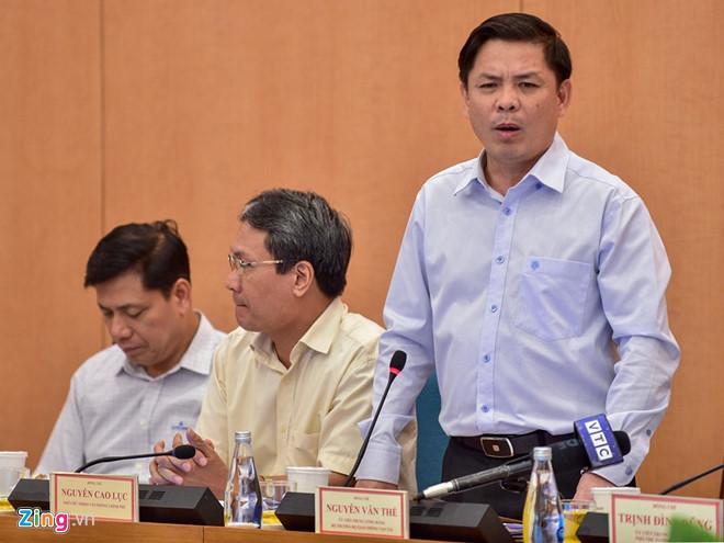 Bộ trưởng GTVT Nguyễn Văn Thể cho biết có thể khai thác thương mại từng phần của dự án Cát Linh - Hà Đông trong tháng 11 tới. (Ảnh qua zing)