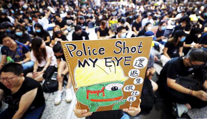 Với sự leo thang trấn áp bạo lực không điểm dừng của chính phủ Hồng Kông và ĐCSTQ, áp lực đối với người biểu tình cũng tăng lên.