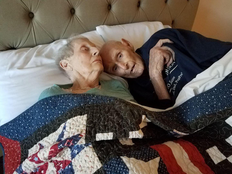 Bà Isabell đã trút hơi thở cuối cùng tại giường bệnh, và chỉ vài giờ sau, Preble cũng nhanh chóng ra đi cùng với bà.