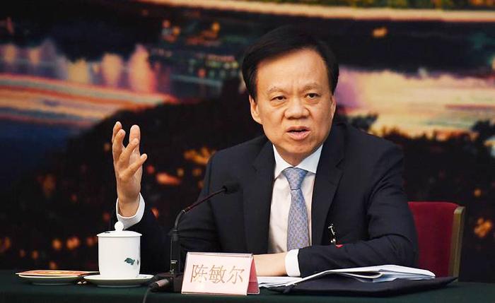 Năm nay 59 tuổi, Trần Mẫn từng là thuộc cấp cũ của Tập Cận Bình tại Chiết Giang.