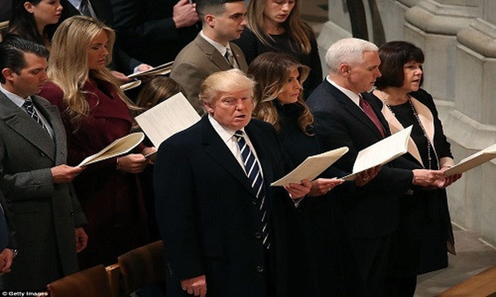 Trump luôn tin vào sức mạnh của sự cầu nguyện.