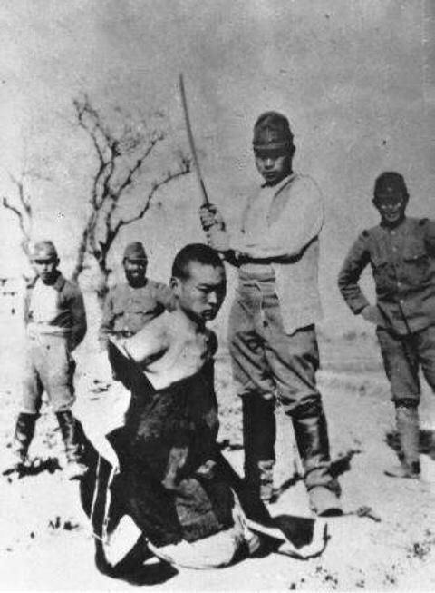 5 tổ chức tàn bạo nhất thế giới được chính quyền hậu thuẫn (Phần 1) - 29