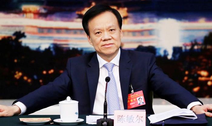 Trần Mẫn Nhĩ với tư cách là người nối nghiệp Tập Cận Bình đã vào Bắc Kinh và có mặt trong danh sách Thường ủy Bộ Chính trị.