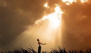 Đức Phật khai thị vì sao con người sẽ quên đi kiếp trước (P.2): Ngọn đuốc sáng và bóng đêm