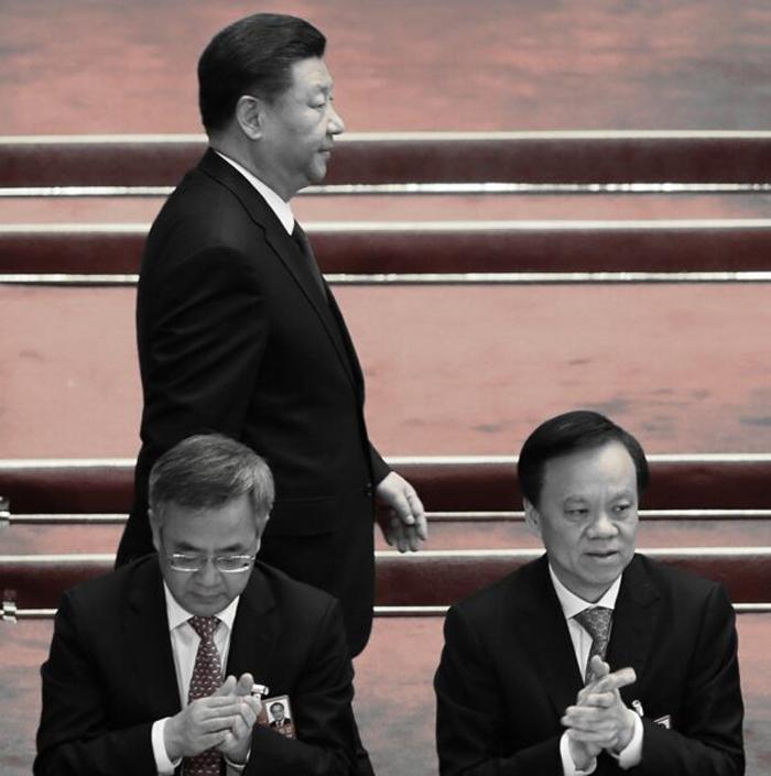 Tập Cận Bình phải triệu Trần Mẫn Nhĩ vào Bắc Kinh đảm nhiệm vị trí Thường ủy Bộ Chính trị là vì ông Tập đang thiếu người hỗ trợ.