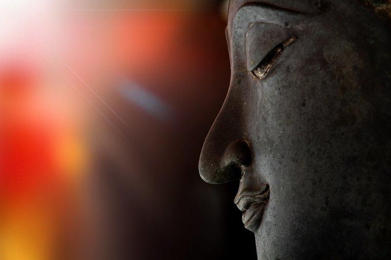 Đức Phật rơi ba giọt nước mắt làm chấn động đại thiên thế giới - 2
