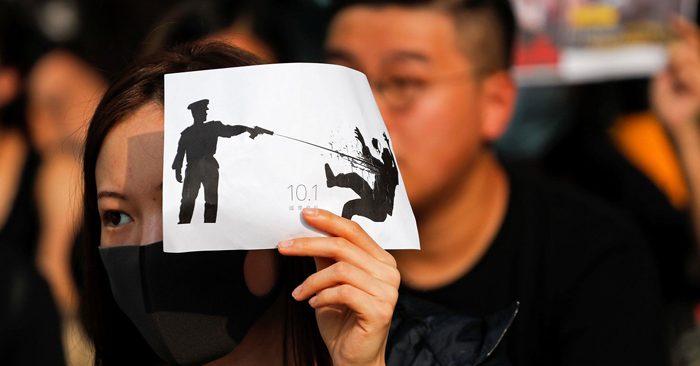Hồng Kông: Phát hiện cảnh sát hộ tống xe nghi vận chuyển thi thể người