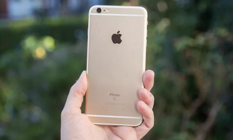 """Apple xác nhận iPhone 6s có thể biến thành """"cục gạch"""" do lỗi mất nguồn"""